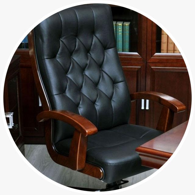 Poltrona Ufficio In Stile.Arredo Studio Avvocati Mobili Per Ufficio Per Avvocati